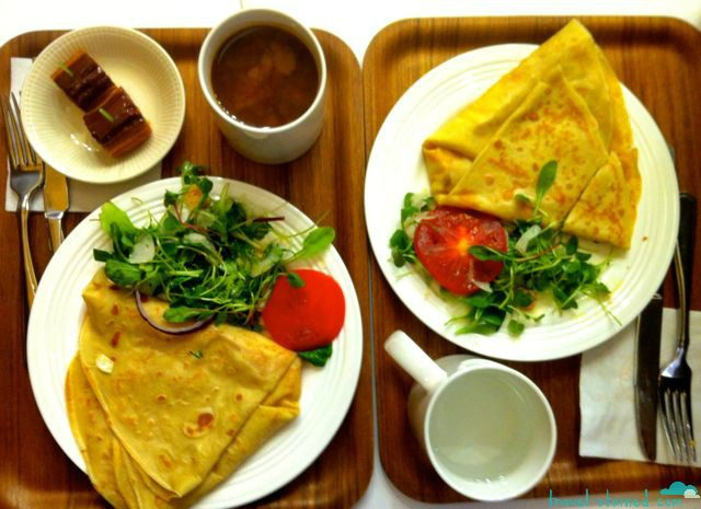 Crepe set with coffee and side salad