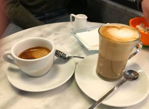 Americano on the left, latte macchiato on the right