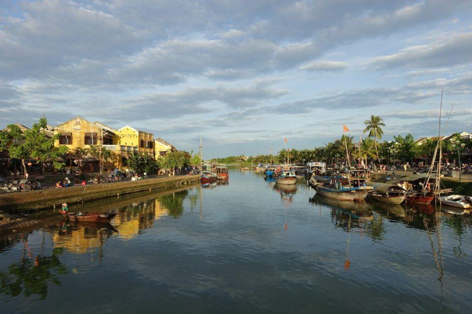 thu bon river hoi an