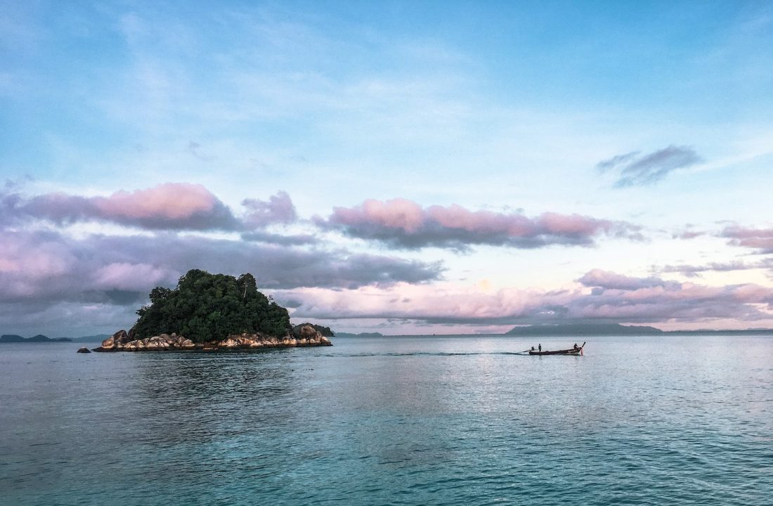 koh usen at sunset
