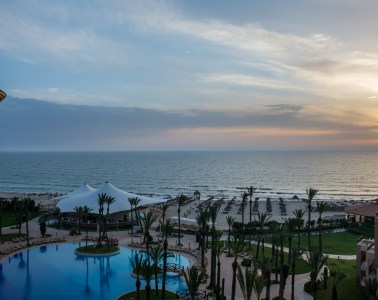 """Летний отдых в Тунисе: """"за"""" и """"против"""""""