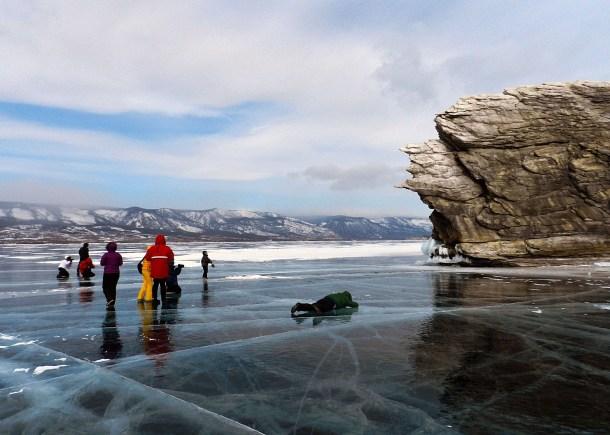 о. Огой (замерзший Байкал), вид сбоку