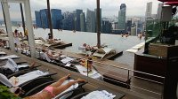 Infinity Pool Mbs. How I Snuck Into The Marina Bay Sands ...