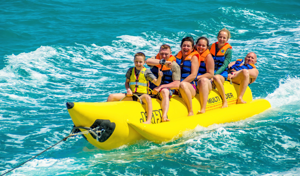 Family fun, bali, banana boat