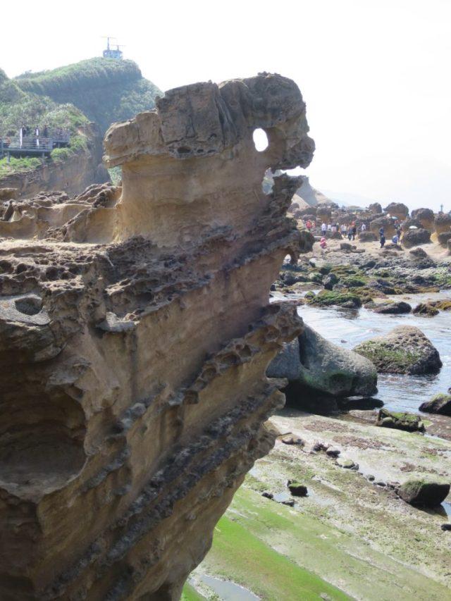 Menschenauflauf bei den Gesteinsformationen