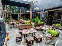 DC's Hip Neighborhood Restaurants and Bars : Washington ...