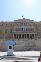 "<h5>Syntagma Square</h5><p>Guarding the monument of the ""Uknown Soldier"" 24/7.</p>"