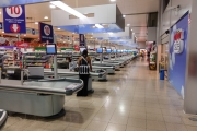 <h5>New, large superstores</h5>
