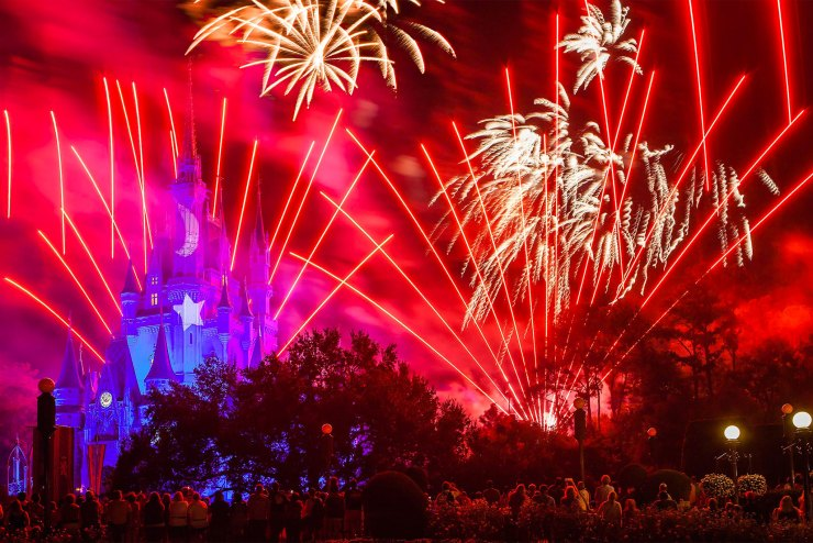 4th of july disney-magic-kingdom-james-brandon