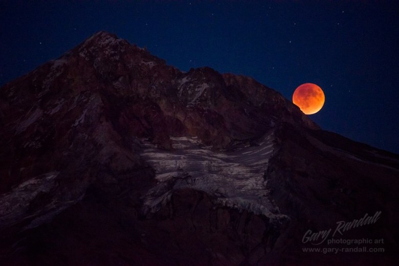 Gary Randall Mount Hood Blood Moon Oregon