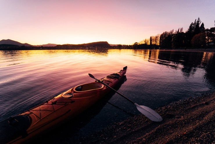 Kayak Lake Wanaka New Zealand 3
