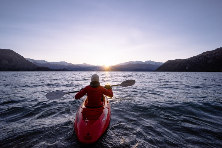 Kayak Lake Wanaka New Zealand 9