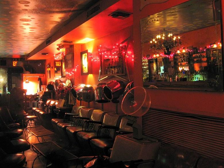 beauty-bar-nyc-manhattan