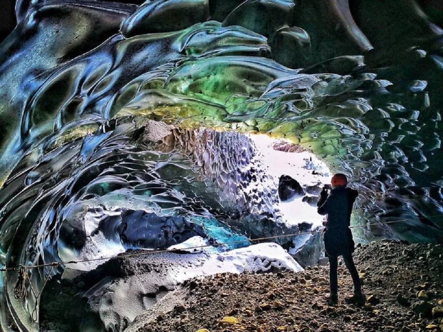 冰與火國度冰島3大經典路線 冬日極光、冰川健行、藍冰洞探險!泡溫泉、觀飛瀑、賞噴泉、遊冰河湖、騎冰島馬、朝聖世界最美沙灘!