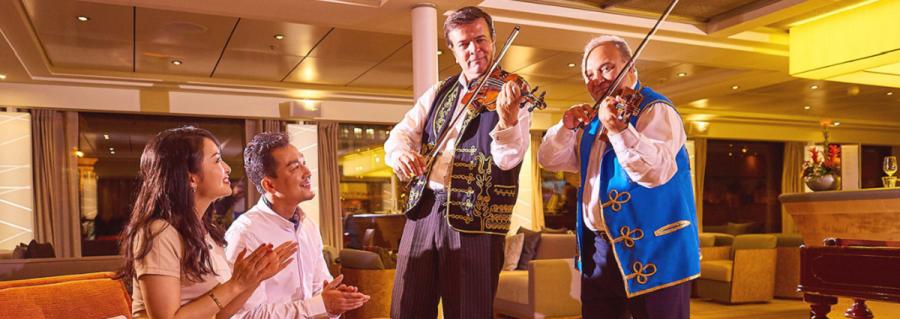 維京河輪船上活動│歐洲歌舞 古典樂表演 船上課堂 點心教室