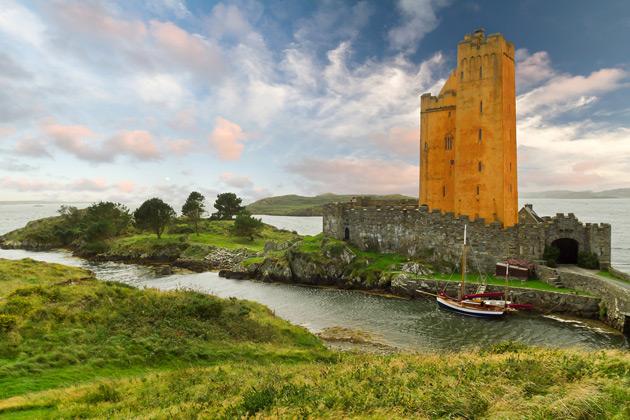 Escorted Coach Tours County Cork | Grand UK Holidays Ireland