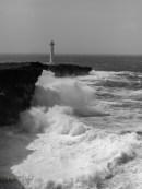 Zanpa Waves Black & White