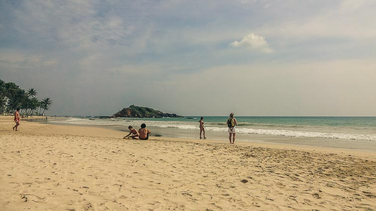 Sri Lanka on a budget: Mirissa, Sri Lanka. The beach