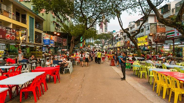 Cheap and good food in Kuala Lumpur. Jalan Alor