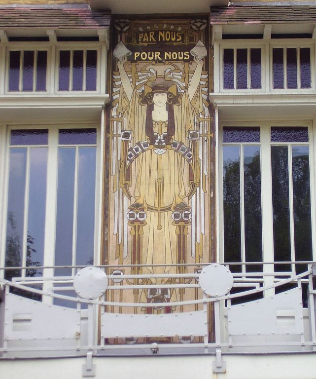 Cauchie House facade