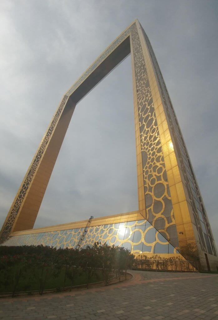 Dubai Frame, attractions