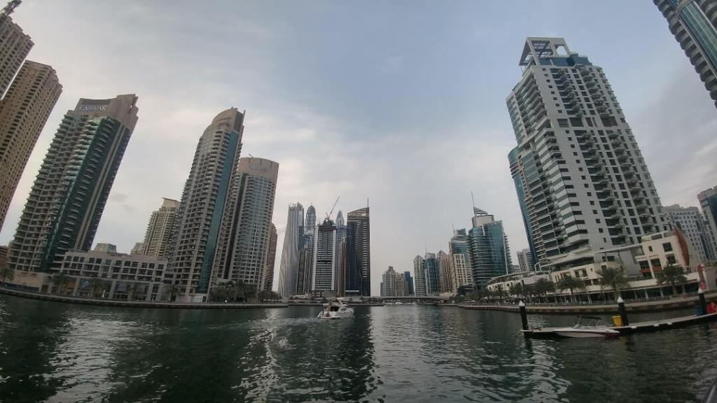 Dubai Marina, condos