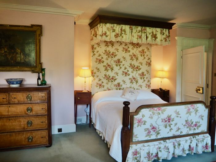 Traquair: A Scottish Countryside Manor With Impressive Heritage
