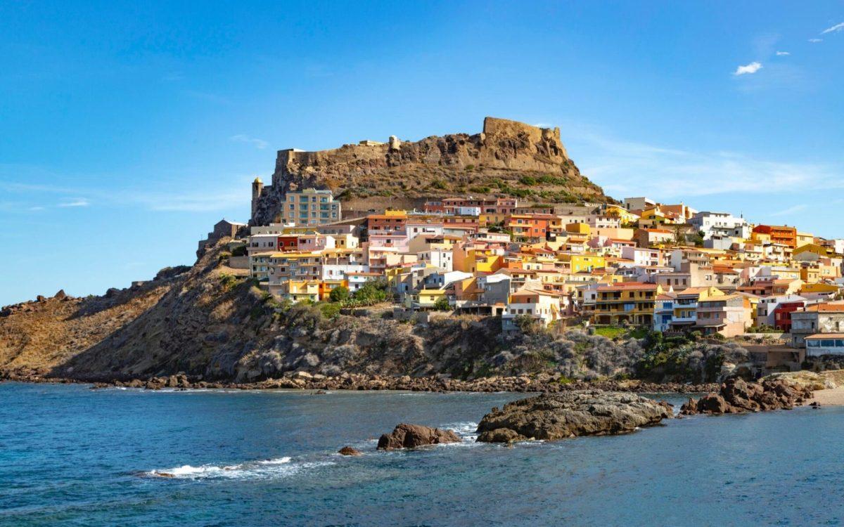 "Sardinia is Italy's first ""white zone"""