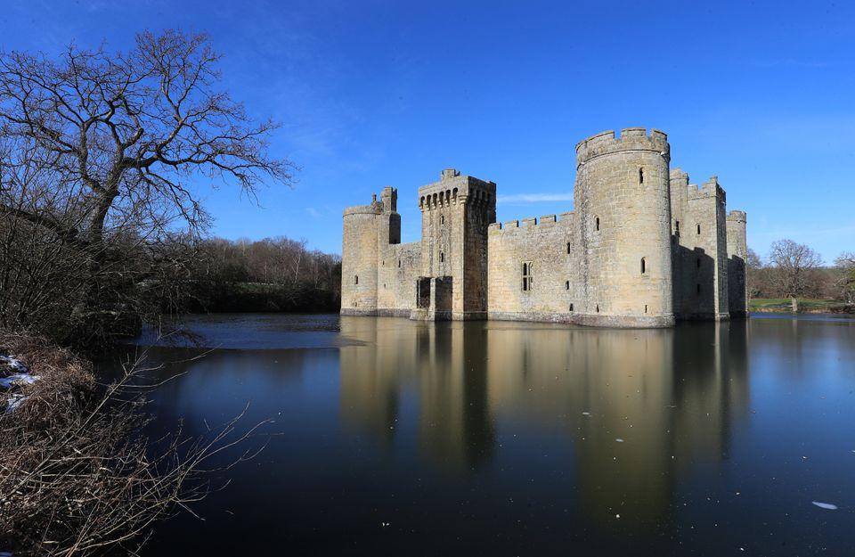 Stunning Photos Of Castles Around The World