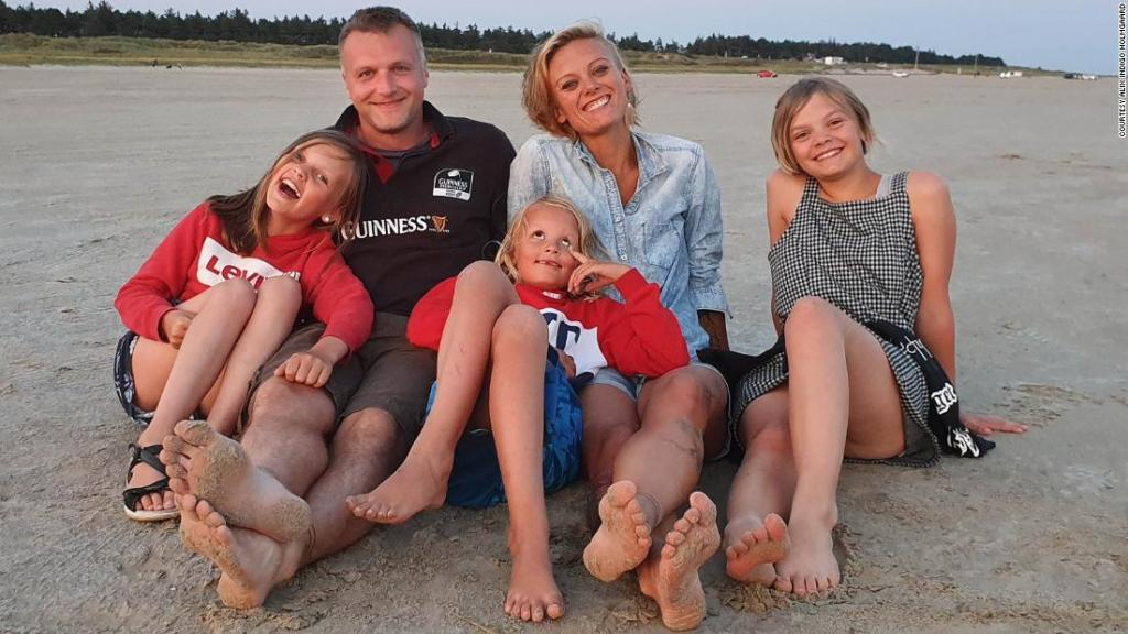 The desperate families torn apart by Covid rules