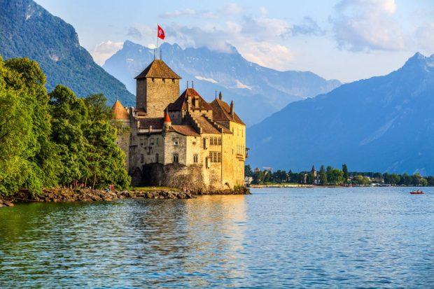 Lake Geneva Top 6 Places to Visit in Switzerland