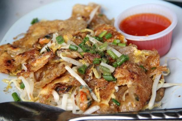 Bang Nam Pheung Best Thai food market