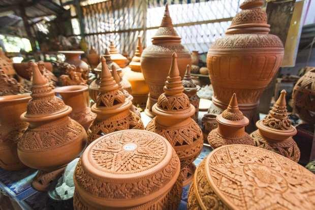 Koh Kret Island Floating Market pottery