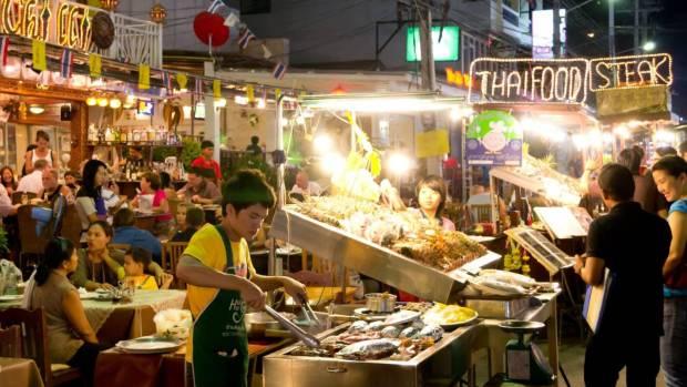 Tip for eating Thai street food