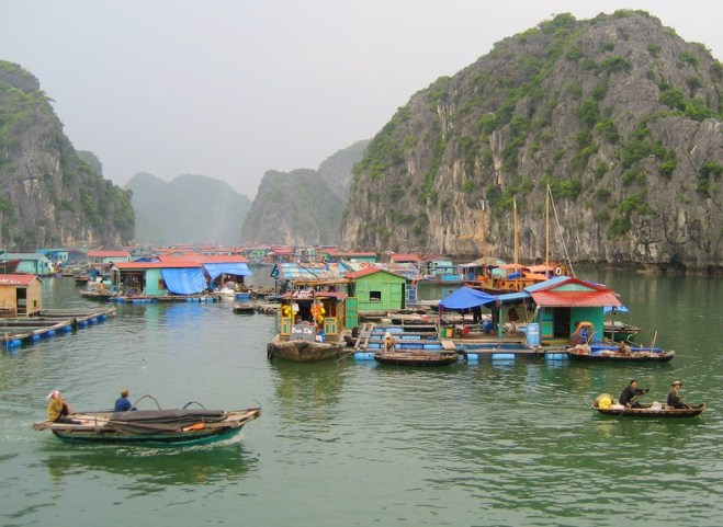 Visiting the floating villages in Cat Ba Island Vietnam
