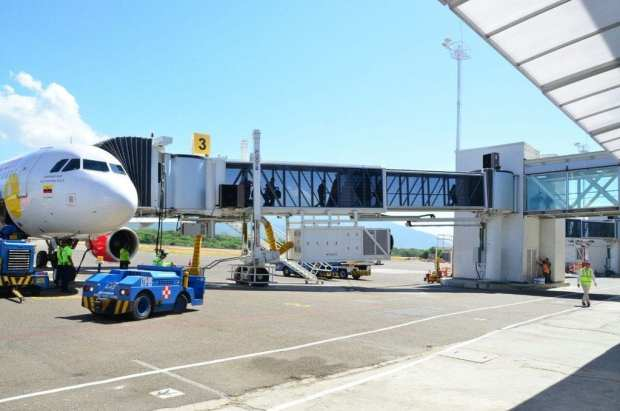 Does Santa Marta Colombia have an airport