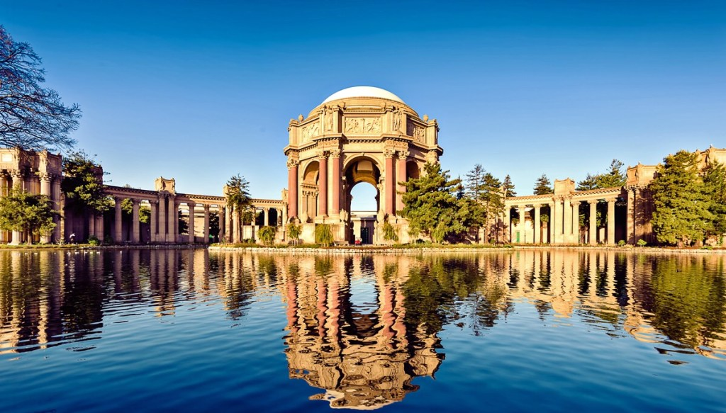 Visit the Palace of Fine Arts in San Fransisco, California