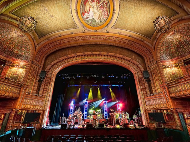 Visit the Historic Paramount Theater