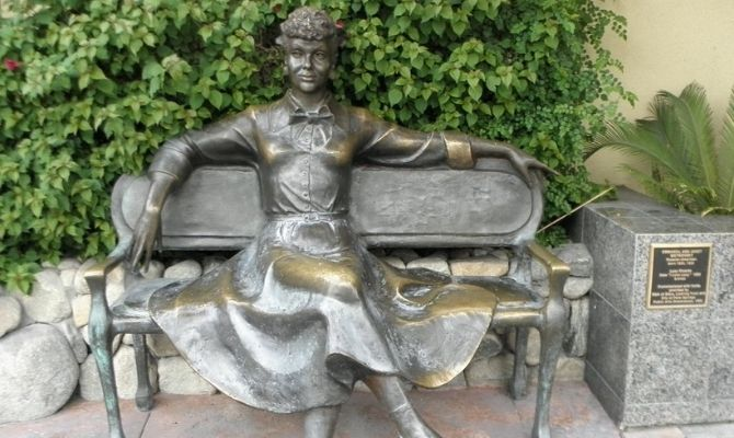 Lucille Ball Statue Palm Springs CA