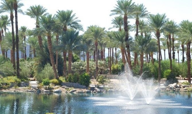 The Shields Date Garden Palm Springs