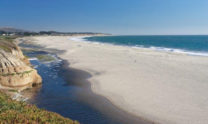 Three Rocks Beach, Half Moon Bay