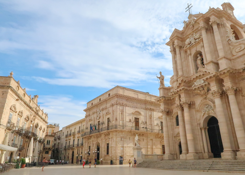 Adult Guide Siracusa