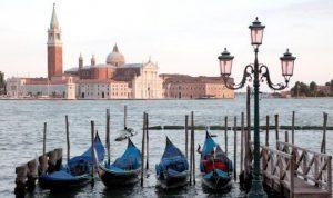 Italy_Venice.jpg,qitok=LSKoG5bs.pagespeed.ic.GlAtW0lcu0