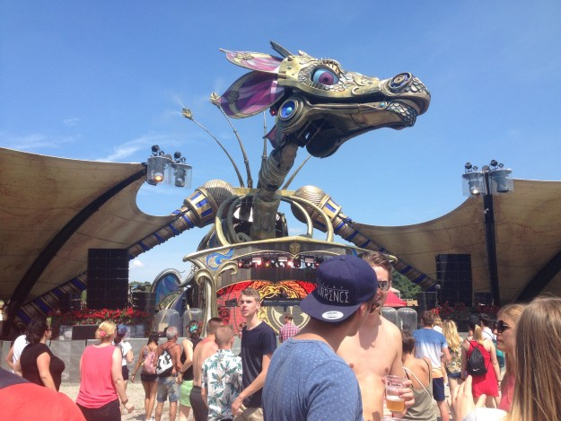 Tomorrowland Festival Review - Dragon Stage
