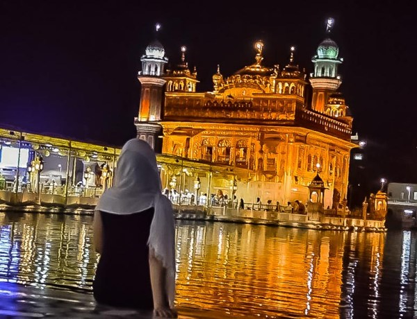 Leticia the Golden Temple, in Amritsar, India. Credit: Happee Travelers
