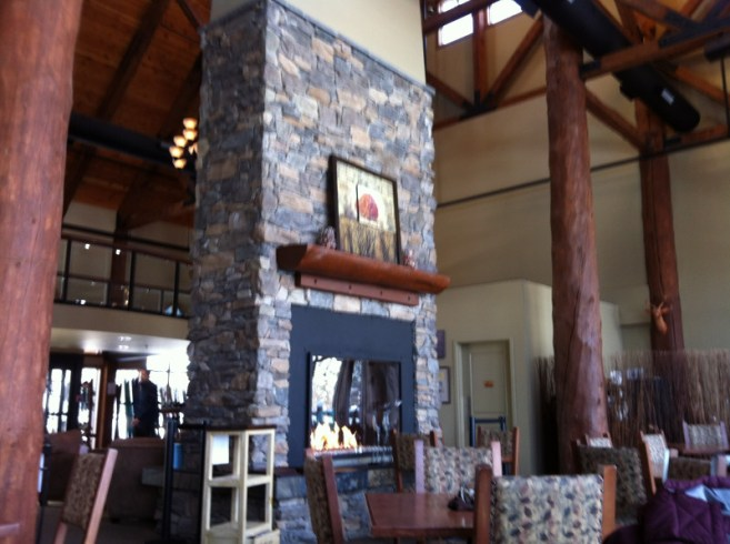 Elk Ridge Restaurant Fireplace