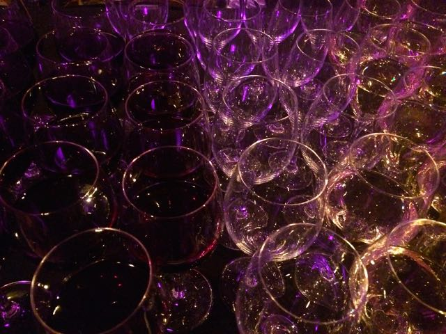 Wine glasses Jasper 80s party