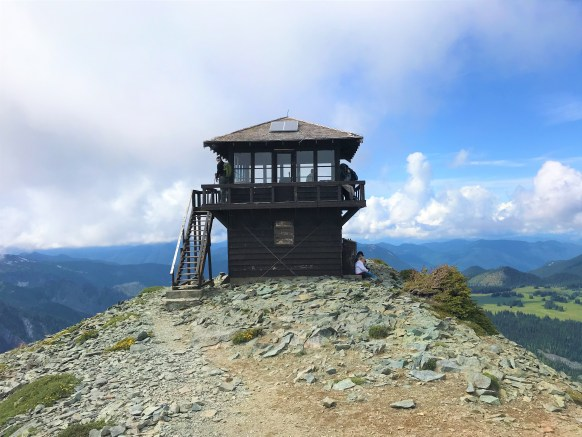 Hike to Fremont Fire Lookout Tower at Mount Rainier National Park