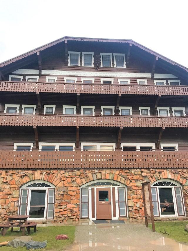 Swiss Chalet Many Glacier Hotel