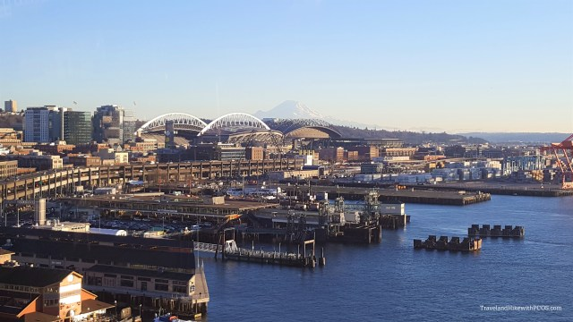 View of Mount Rainier from Seattle Down town- Great Wheel
